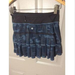 lululemon athletica Skirts - LULULEMON Navy Lotus CAMO Pacesetter Skirt